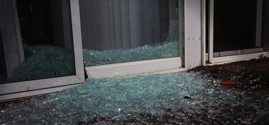 Broken Glass Patio Door Repair Services In South Florida
